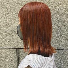 ミディアム 暖色 オレンジカラー 切りっぱなしボブ ヘアスタイルや髪型の写真・画像