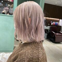 ミディアム ブロンド ブロンドカラー クリームブロンド ヘアスタイルや髪型の写真・画像