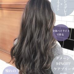 ナチュラル 3Dハイライト アッシュグレージュ ロング ヘアスタイルや髪型の写真・画像
