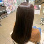 暗髪女子 ナチュラル ナチュラルブラウンカラー 艶髪
