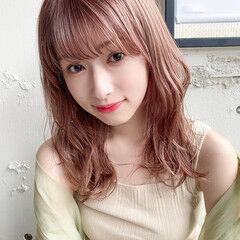 ピンクブラウン 縮毛矯正 ミディアムレイヤー 簡単ヘアアレンジ ヘアスタイルや髪型の写真・画像