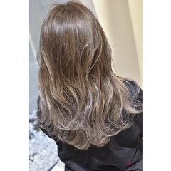 ミルクティーベージュ グラデーションカラー ナチュラル グラデーション ヘアスタイルや髪型の写真・画像