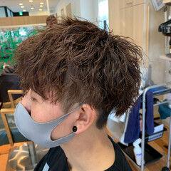 スパイラルパーマ メンズパーマ ショート ストリート ヘアスタイルや髪型の写真・画像