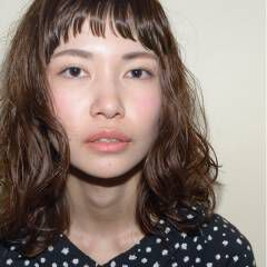 ストリート ウェーブ パーマ オン眉 ヘアスタイルや髪型の写真・画像