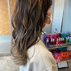 ハイライト ヘアカラー 刈り上げ女子 3Dハイライト ヘアスタイルや髪型の写真・画像
