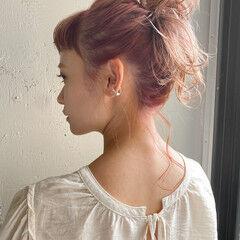 ミディアム パーティー ナチュラルベージュ インナーカラー ヘアスタイルや髪型の写真・画像