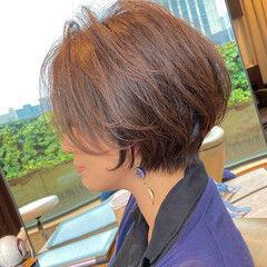 ママヘア 小顔ショート ナチュラル ハンサムショート ヘアスタイルや髪型の写真・画像