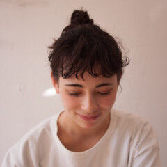 ミディアム 前髪パーマ セルフヘアアレンジ 無造作パーマ ヘアスタイルや髪型の写真・画像