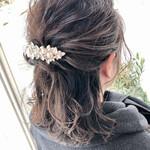 アンニュイほつれヘア ミディアム フェミニン 結婚式