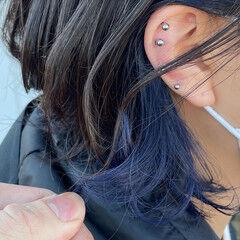 ミディアム モード インナーカラー 切りっぱなしボブ ヘアスタイルや髪型の写真・画像