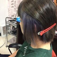 インナーカラー ラベンダーピンク ミディアム ナチュラル ヘアスタイルや髪型の写真・画像