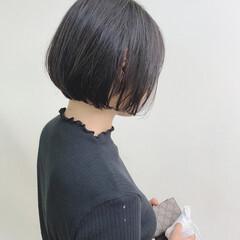 ミニボブ 切りっぱなしボブ ボブ ナチュラル ヘアスタイルや髪型の写真・画像