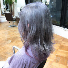 ブリーチ インナーカラー デザインカラー ハイトーン ヘアスタイルや髪型の写真・画像