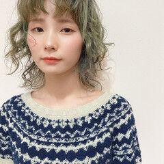 ウルフカット ミディアム ウルフ女子 ウルフパーマ ヘアスタイルや髪型の写真・画像