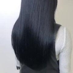 透け感 最新トリートメント ブルーブラック ダークカラー ヘアスタイルや髪型の写真・画像