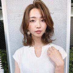レイヤーカット 韓国風ヘアー 長めバング 大人女子 ヘアスタイルや髪型の写真・画像