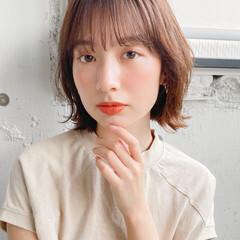 レイヤーカット ミディアムレイヤー アンニュイほつれヘア ショートボブ ヘアスタイルや髪型の写真・画像