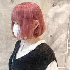 ピンクバイオレット ボブ ピンクベージュ ストリート ヘアスタイルや髪型の写真・画像