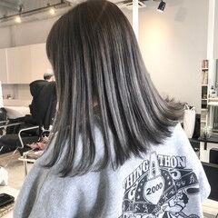 モード 切りっぱなしボブ シルバーグレー ミディアム ヘアスタイルや髪型の写真・画像