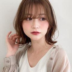 ひし形シルエット アンニュイほつれヘア フェミニン 似合わせカット ヘアスタイルや髪型の写真・画像