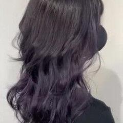 ウルフ女子 暗髪バイオレット ウルフカット ストリート ヘアスタイルや髪型の写真・画像
