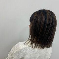 ブリーチ エアータッチ バレイヤージュ ストレート ヘアスタイルや髪型の写真・画像