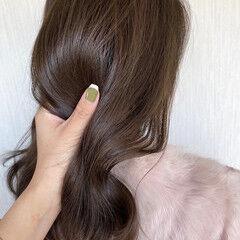 ミディアム ヌーディベージュ 透明感 アッシュベージュ ヘアスタイルや髪型の写真・画像