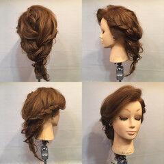 ガーリー ブライダル セミロング 三つ編み ヘアスタイルや髪型の写真・画像