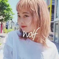 ミディアム ニュアンスウルフ ウルフカット ウルフパーマ ヘアスタイルや髪型の写真・画像