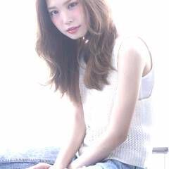 セミロング マルサラ ヘアスタイルや髪型の写真・画像