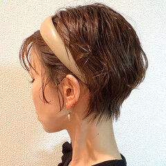 ショートヘア ショート 丸みショート ナチュラル ヘアスタイルや髪型の写真・画像