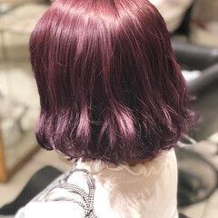 ブリーチ ガーリー ワンレングス ビビッドカラー ヘアスタイルや髪型の写真・画像