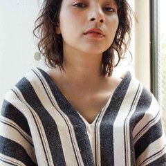 ウルフパーマ ウルフ アンニュイほつれヘア ストリート ヘアスタイルや髪型の写真・画像
