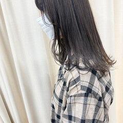外国人風カラー セミロング グレー 透明感カラー ヘアスタイルや髪型の写真・画像