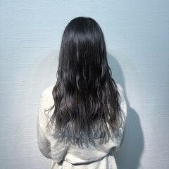 派手髪 裾カラー ガーリー ブルー ヘアスタイルや髪型の写真・画像