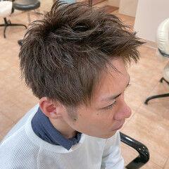 グリーン ショート マット ツーブロック ヘアスタイルや髪型の写真・画像