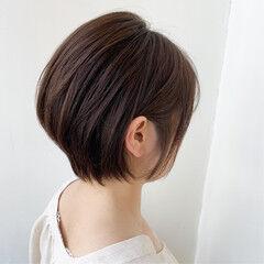 ハンサムショート 大人可愛い 耳かけ 小顔ショート ヘアスタイルや髪型の写真・画像