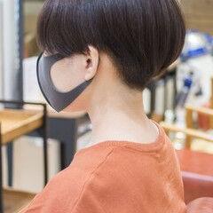 刈り上げ女子 ショートカット ミニボブ ショート ヘアスタイルや髪型の写真・画像