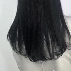 ブルーブラック ナチュラル ロング 透明感カラー ヘアスタイルや髪型の写真・画像