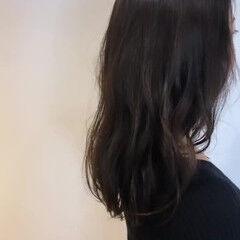 ゆるウェーブ デート ゆるふわセット ナチュラル ヘアスタイルや髪型の写真・画像