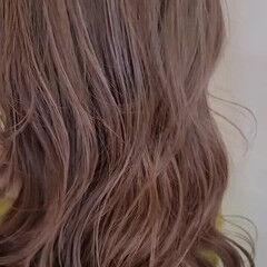 デザインカラー ストリート スライシングハイライト アンニュイほつれヘア ヘアスタイルや髪型の写真・画像