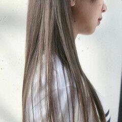 シアーベージュ 大人可愛い ナチュラル グレージュ ヘアスタイルや髪型の写真・画像