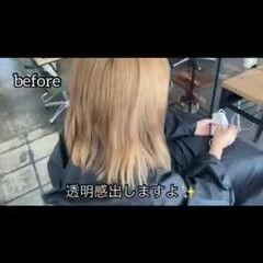 可愛い ブリーチオンカラー 艶グレーベージュ ミディアム ヘアスタイルや髪型の写真・画像