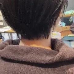 耳かけ 小顔ショート ショートヘア ナチュラル ヘアスタイルや髪型の写真・画像