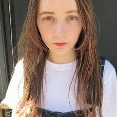 ポイントカラー ピンク ガーリー パーマ ヘアスタイルや髪型の写真・画像