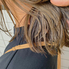 インナーカラー ナチュラル 秋 ミディアム ヘアスタイルや髪型の写真・画像