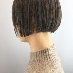 モード 濡れ髪スタイル ショート ハンサムボブ ヘアスタイルや髪型の写真・画像