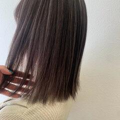 大人ハイライト ミディアム ホワイトハイライト 3Dハイライト ヘアスタイルや髪型の写真・画像