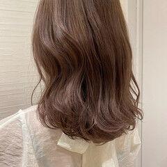 ラベンダーピンク ミディアム ナチュラル 艶髪 ヘアスタイルや髪型の写真・画像