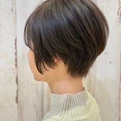 ミニボブ ナチュラル ショートボブ アンニュイ ヘアスタイルや髪型の写真・画像